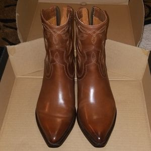 Brand new New in box Frye boots